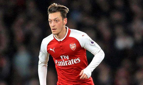 Arsenal boss Arsene Wenger reveals Mesut Ozil injury worry for Chelsea clash    via Arsenal FC - Latest news gossip and videos http://ift.tt/2CsikdT  Arsenal FC - Latest news gossip and videos IFTTT
