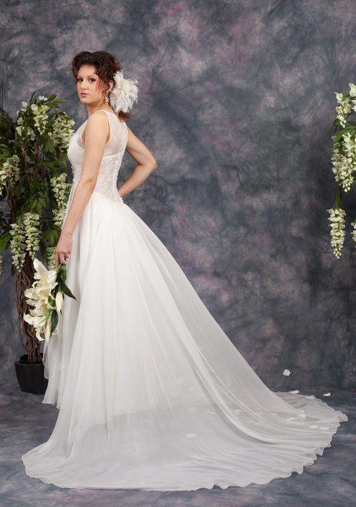 White wedding gown  http://www.arcarocouture.com.au