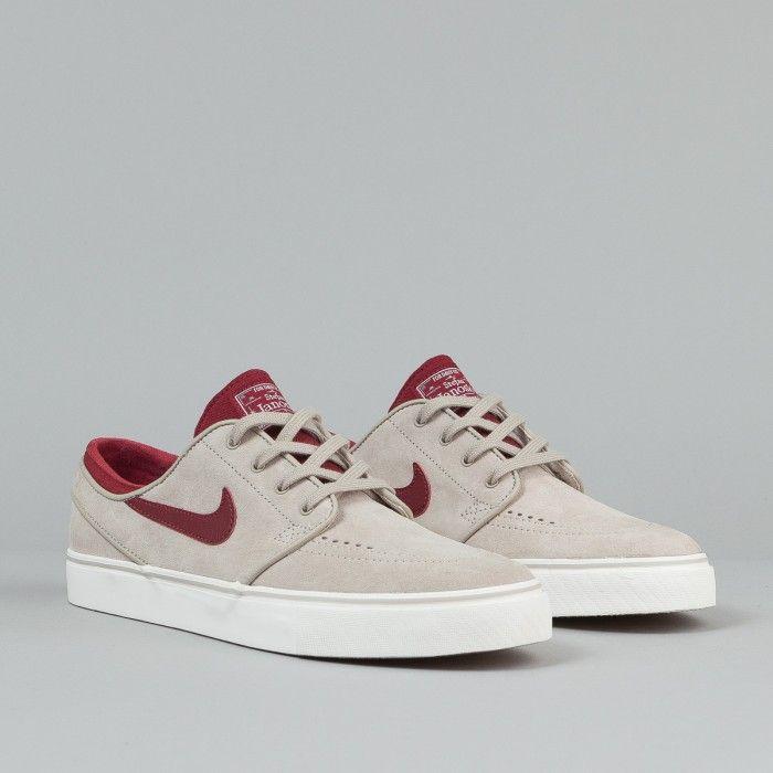 new products 04651 8968d Nike SB Stefan Janoski SE Shoes - String   Team Red   Gum Light Brown    Ivory   Flatspot   Nike SB   Shoes, Hype shoes, Shoes sneakers