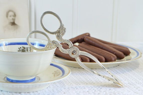 Biscuit , candy and cookie tongs, vintage Swedish sugar server, Nils Johan Sweden, Amsterdam pattern