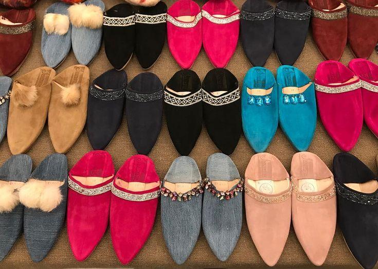 Shine on At Marrakech! Ne ratez pas le Marché des créateurs Spécial Fêtes prévu aujourdhui le 29 et 30 décembre de 10h à 20h à lhôtel Movenpick Marrakech Plusieurs créateurs seront au Rdv. Entrée gratuite et libre venez nombreuses pleins de surprises vous attendent #boutikesh #bk #event #marrakech #dontmissit #bags #coats #slippers #tunics #sandals #jasminevents #visitus #casablanca #marrakech #fes #rabat #tanger #agadir #morocco #today #usa #paris #nyc #la #spain #atmarrakech #visitus