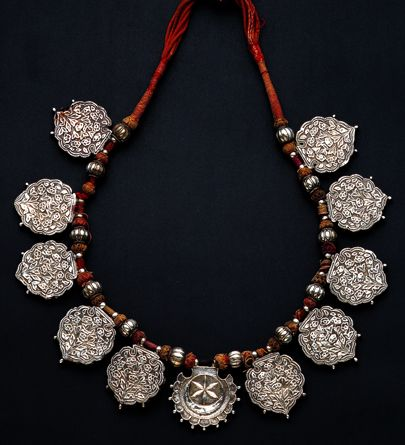 Elephant festivity necklace from India India Silver, cords 20th century