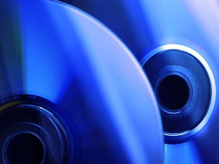Blu-ray to finally outsell DVD players this Xmas, says Asda | Asda believes that the Blu-ray player will finally outsell DVD players this Christmas, with GfK data convincing the UK supermarket giant to focus on the more modern format. Buying advice from the leading technology site