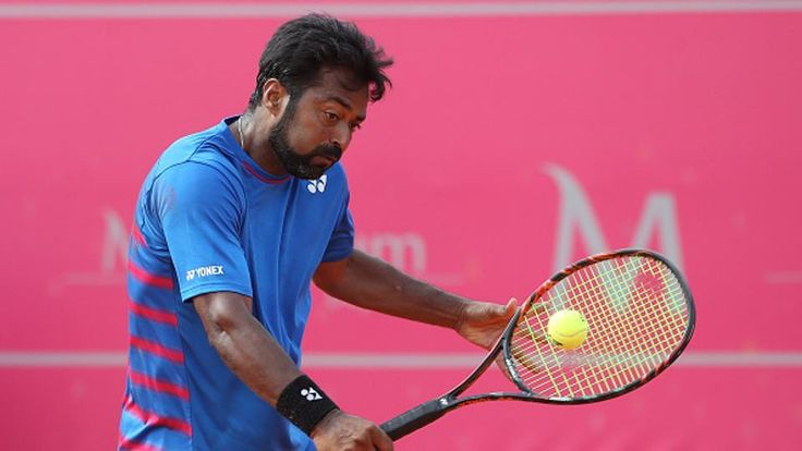 Leander Paes and Purav Raja won the first round in the men's doubles at the U.S Open Championships. #SportsUpdates #ChennaiUngalKaiyil.