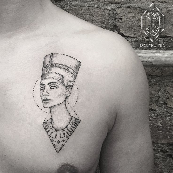 best 25 nefertiti tattoo ideas on pinterest egyptian tattoo queen nefertiti and egypt tattoo. Black Bedroom Furniture Sets. Home Design Ideas