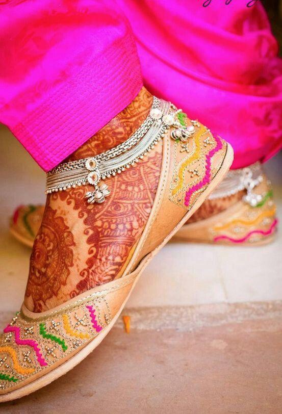 Mehndi Bridal Shoes : Best punjabi jutti shoes images on pinterest indian