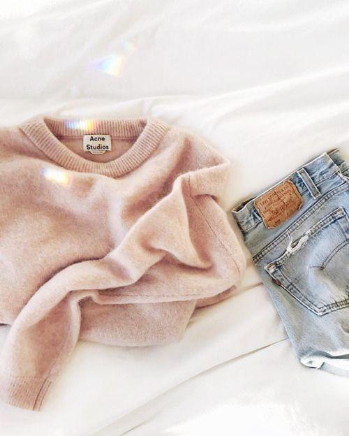 via @aesencecom / minimal wardrobe essentials / acne pullover/ image by: jenkay.com