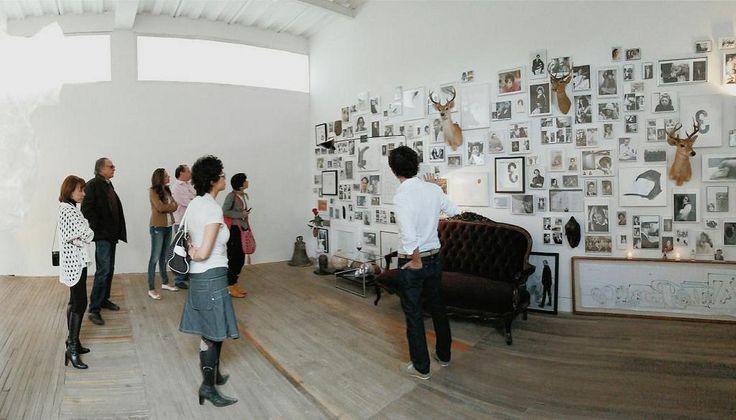 "[RT @agangarital: ""Muro de Familia"" de Juan Lealruiz en @FloraArsNatura http://t.co/RzlYGJsURG] Foto: @chal0man 23 de agosto, 2014. Vía Twitter"