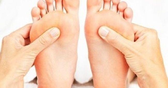 Cosa rivela la forma dei piedi sulla tua personalità?