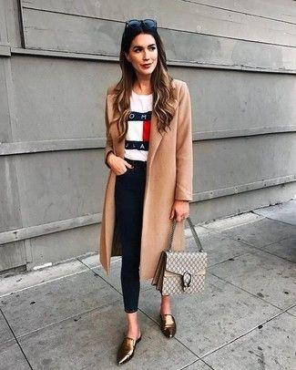 Como combinar un abrigo dorado