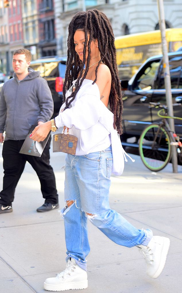 Rihanna from The Big Picture: Today's Hot Pics Gorgeous! The singer is seen arriving to a meeting in NYC wearing ripped jeans and her Fenty x Puma boots.