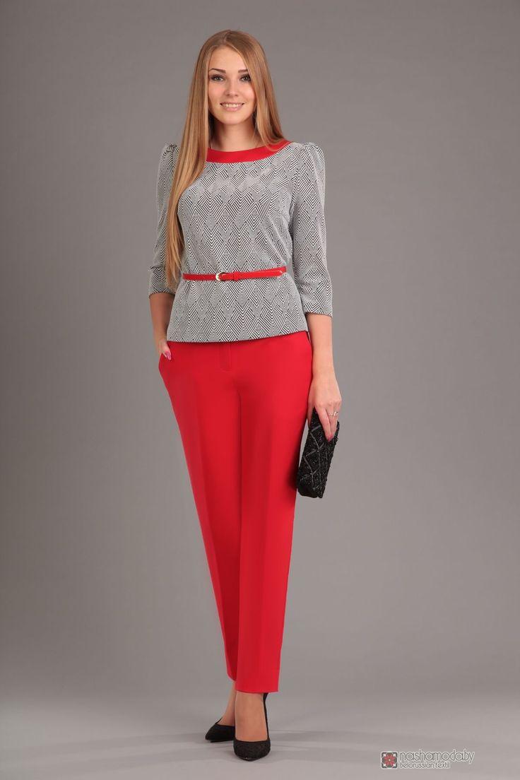 Брючный костюм /комплект Эола-стиль 1255 Блуза зигзаг+брюки красные