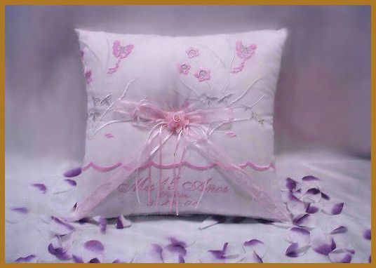 15 Anos Dolls: 14 Best Quince Pillows For Crown Shoes Kneeling Images On