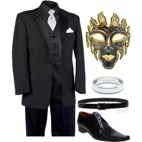 The Men's Masquerade Suit is a clothing set in Fable III. It is given to a male Hero by Page at the start of the main quest,The Masquerade. This suit and its female counterpart, the Women's Masquerade Suit, can be purchased at Bower Threads in Bowerstone Market. A male Hero wearing the Men's.