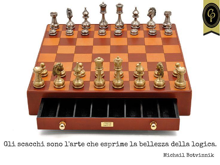 Gli scacchi sono l'arte che esprime la bellezza della logica. Michail Botvinnik, scacchista  #scacchi