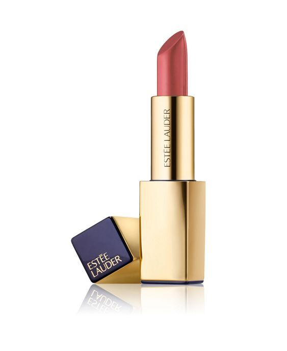 Colour with the power to transform your lips, look and attitude. It saturates lips with high intensity colour in one stroke. One of a kind statement shades for all skin tones. Multi faceted pigments create definition. Lips look beautifully shaped, sculpted and curvaceous. Time released moisture complex helps capture and seal in hydration. Lips feel continuously moisturised throughout the day. It is super creamy, glides on effortlessly, covers evenly. It gives soft, smooth and luxuriously…