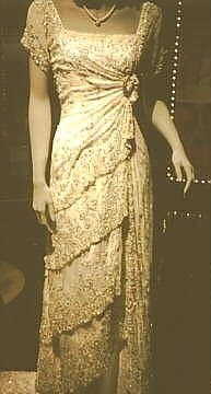 Titanic themed dress
