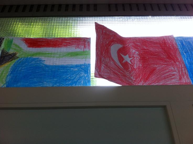 Thema landen. Vlaggen natekenen.