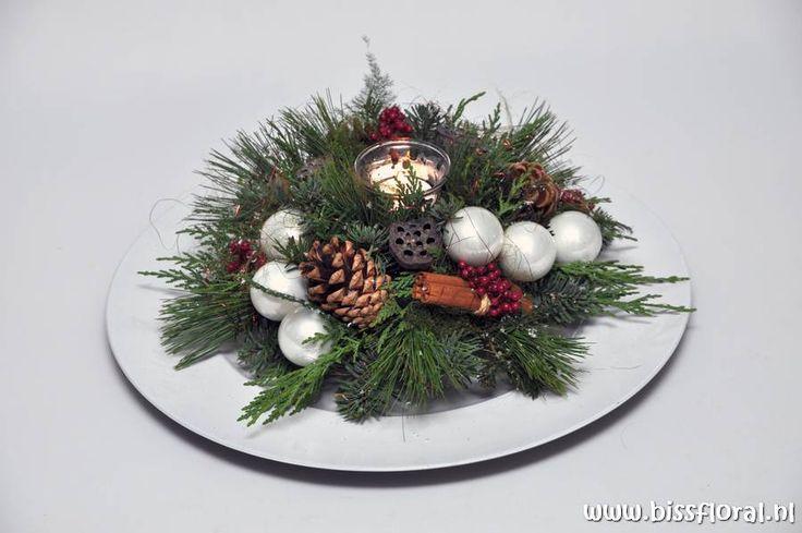 Kerststukjes maken voorbeelden google zoeken bloemstukjes pinterest kerst workshop and - Voorbeeld van decoratie ...