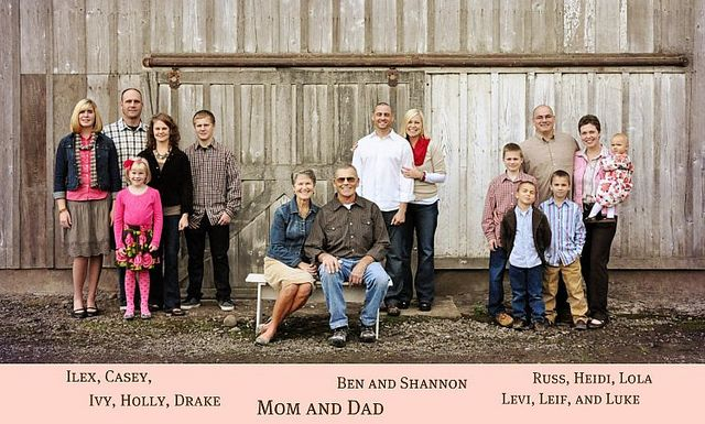 large groups ideas:   cute family picture