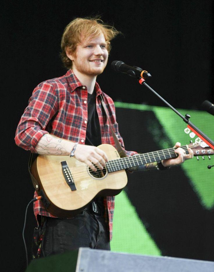 Ed Sheeran V Festival Performing Hottie - http://oceanup.com/2014/08/16/ed-sheeran-v-festival-performing-hottie/