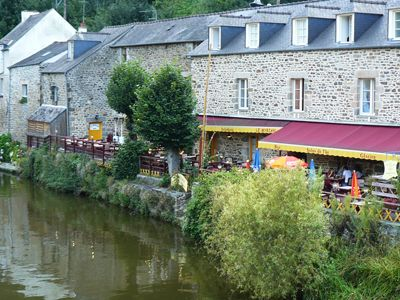 Restaurants - Dinan, France. #travel #destination #France #Dinan http://travellingwizards.com/destinations/countries/france/dinan
