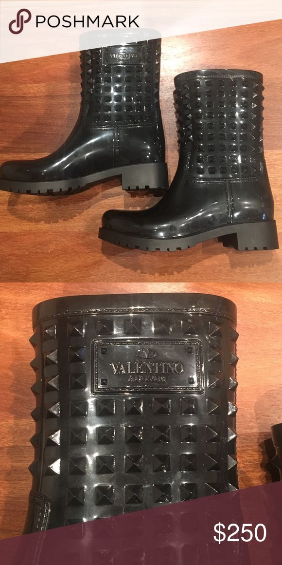 Valentino Rain Boots Rockstud Rubber Rain boots Valentino Shoes Winter & Rain Boots