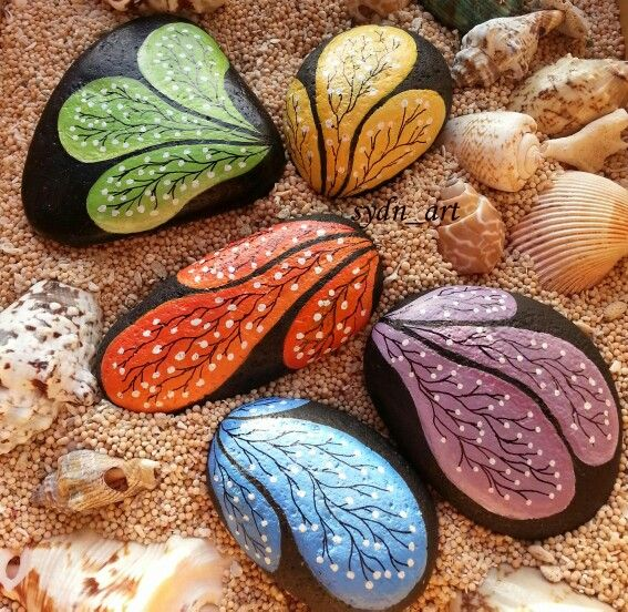 painted stone by sydn_art