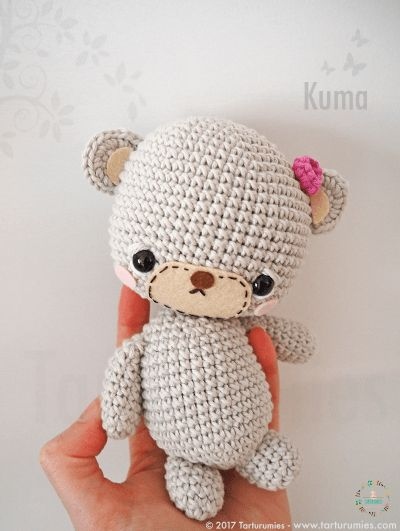 Pattern Free Kuma's Bear Family. Come to know us for our facebook and website. Patrón gratis Familia de Ositos Kuma. Pasa a conocernos por nuestro facebook y sitio web. www.tarturumies.com https://www.facebook.com/Tarturumies/