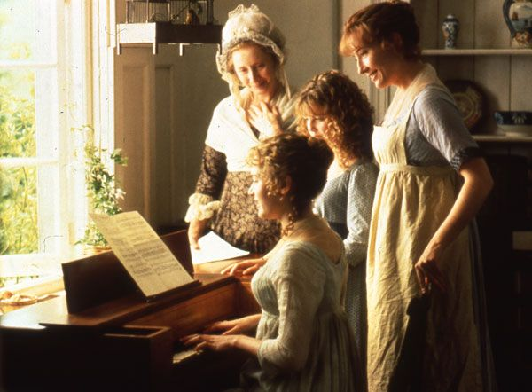 "Elinor, played by Emma Thompson on the far right, is wearing a pinafore. ""Sense and Sensibility"" (1995)"