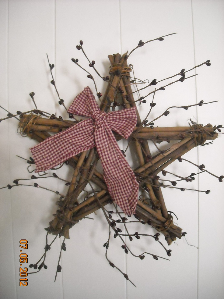 Twig Star Wreath with Berries by QuarrylandCrafts on Etsy, $8.99