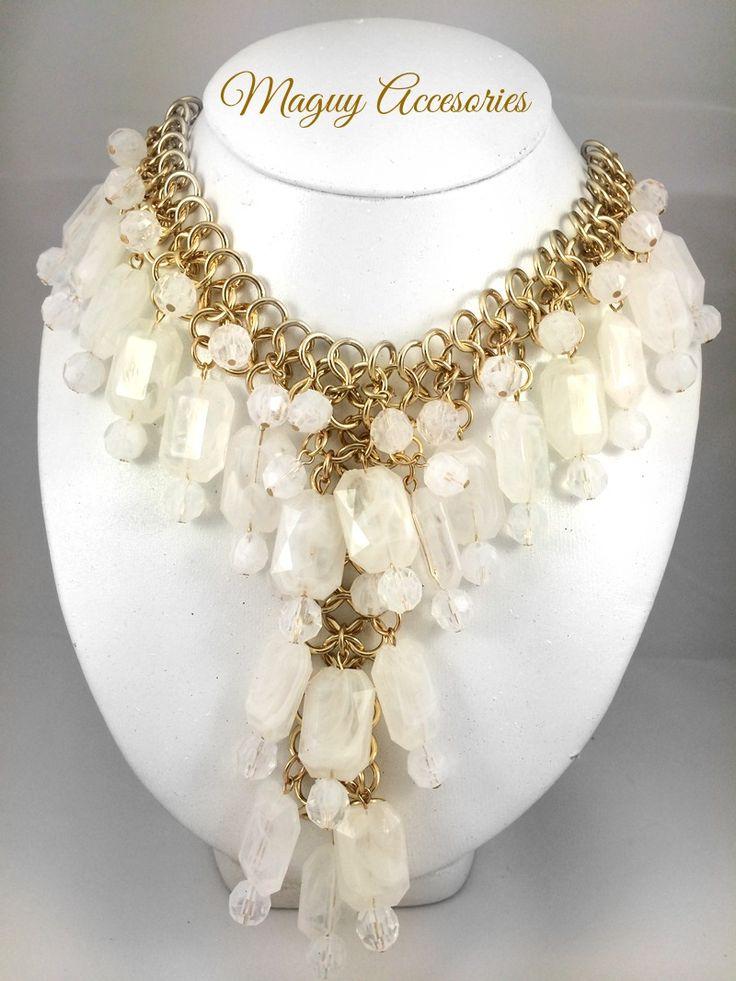 Collar White Precio Pùblico $299 Código 1024 White  Incluye aretes www.margori.com