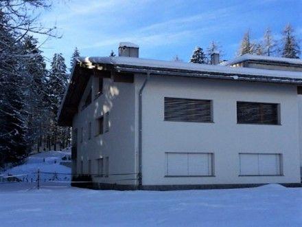Ferienwohnung MIRASOL für 8 Personen  Details zur #Unterkunft unter https://www.fewoanzeigen24.com/schweiz/graubuenden/7018-flims/ferienwohnung-mieten/29717:-2013694624:0:mr2.html  #Holiday #Fewoportal #Urlaub #Reisen #Flims #Ferienwohnung #Schweiz