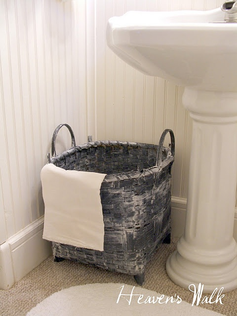 White Wash DIY.  There's not a basket in my home that will be safe now that I know the secret...