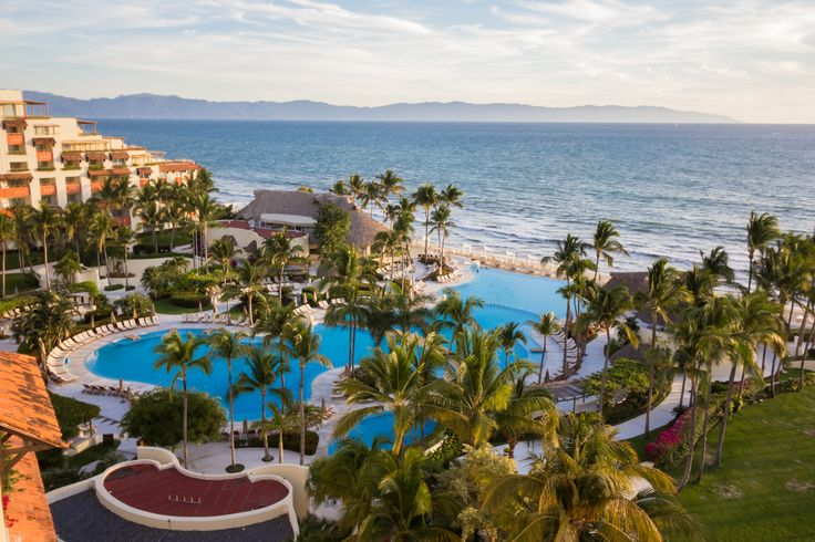 Beautiful #sunset with and excellent view at Grand Velas Riviera Nayarit.