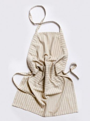 Unisex Pinstripe Apron - http://www.rubyroadafrica.com/shop-online/gifts-for-home-and-garden/buy-luxury-gifts-for-the-home/unisex-pinstripe-apron-mungo-detail
