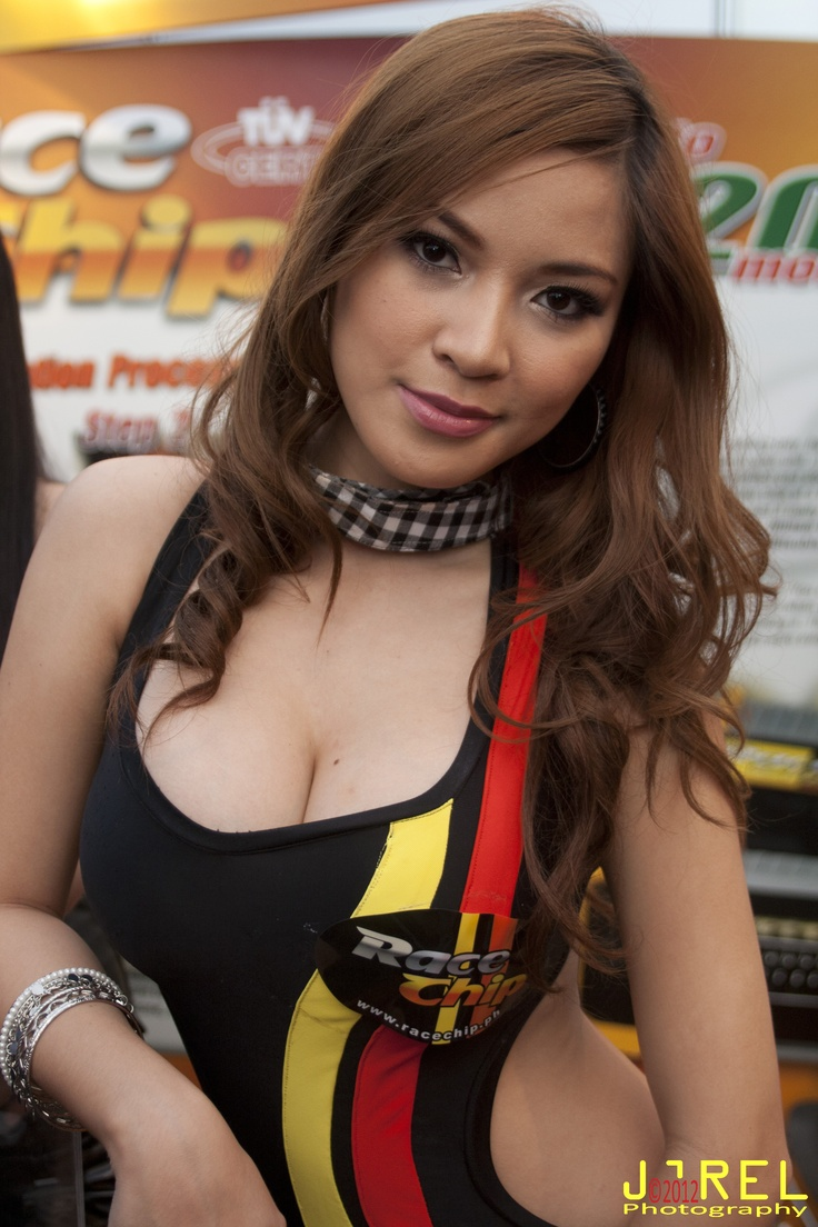 Nathalie Hayashi Manila International Auto Show 2012