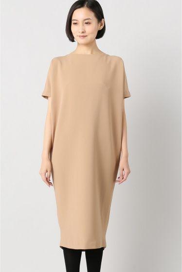 KAAREM DOLMAN BACK ドレス  KAAREM DOLMAN BACK ドレス 46440 2016AW KAAREM craftconstructionqualityに強いこだわりを持つブランド デザインチームのツールであるベトナムとカリフォルニアニューヨークと3箇所に拠点を持っています シルクやポリエステル素材を使用したドレスやシャツスカートなどを中心にシンプルながら着た時のシルエットがとても美しいフォルムを得意とします また微妙で美しい色使いも特徴です モデルサイズ:身長:170cm バスト:81cm ウェスト:58cm ヒップ:87cm 着用サイズ:34