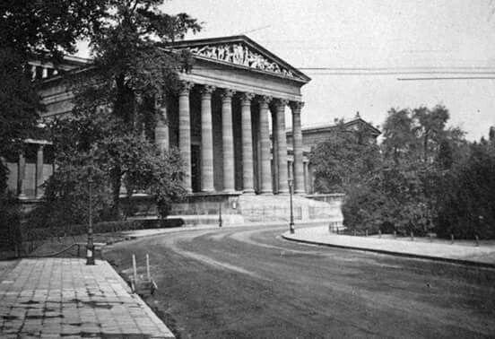 1925 Szépművészeti múzeum, Budapest