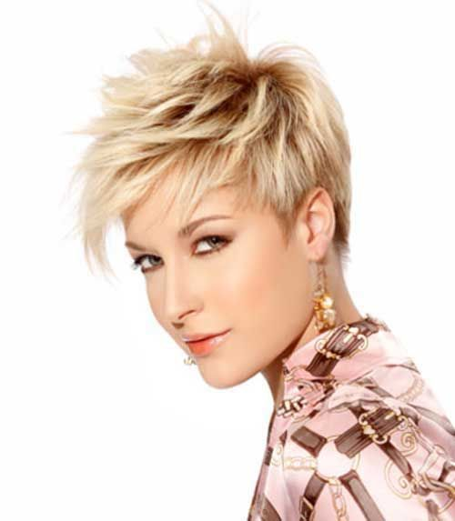12.Edgy Pixie Hairstyle