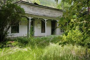 Acquiring and refurbishing an abandoned property poses many challenges. Micoley's picks for #AbandonedProperties www.Micoley.com