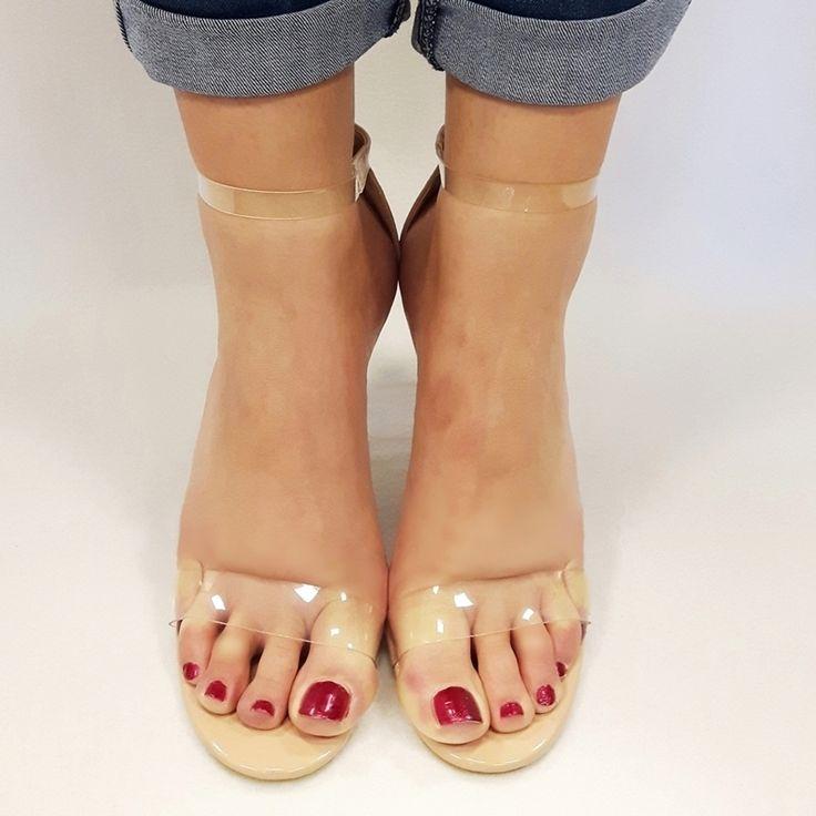 Doorzichtige perspex pexy open schoenen met glazen brede hak