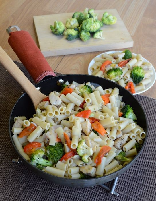 Skillet Ziti with Chicken, Broccoli, and Roasted Red Peppers