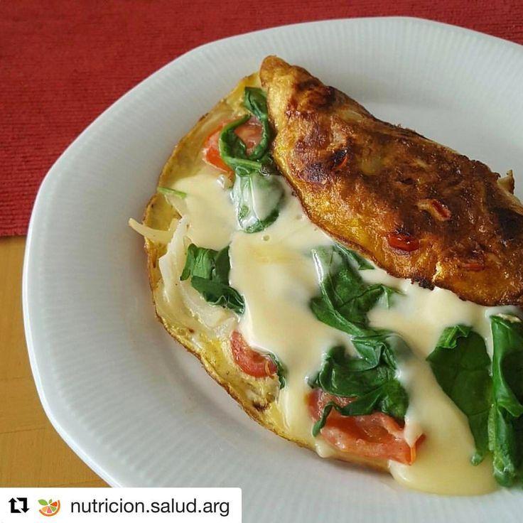 """Omellete   303 Me gusta, 7 comentarios - RECETAS FITNESS (@rincon.fitness) en Instagram: """"#Repost @nutricion.salud.arg with @repostapp ・・・ Cuando no tengan tiempo o ganas de cocinar esta es…"""""""