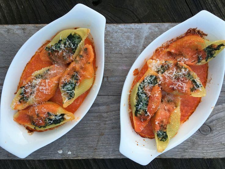 Gevulde pastaschelpen met spinazie