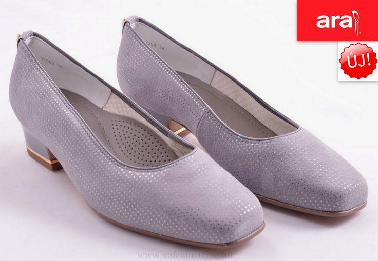 Visszafogottan elegáns szürke és ezüst színkombináció jellemzi, ezt az Ara cipőt.  http://valentinacipo.hu/ara/noi/szurke/zart-felcipo/142311540  #Ara_cipő #ara_cipőbolt #ara_webshop #Valentina_cipőboltok