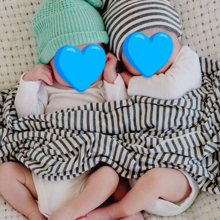 """Made in Greece, born in the USA! 🇬🇷💙💙🇺🇸""""Thank you Gennima! T. and C. were born February 1, 2017!! They're very healthy and doing so well. We can't thank you enough for our boys!!!!"""" #gennimaivf #ivf #ivftwins #twinboys #newborn #momlife #twinmom"""