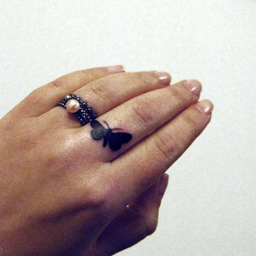 cute and simple butterfly finger tattoo ink pinterest moth tattoo butterflies and. Black Bedroom Furniture Sets. Home Design Ideas