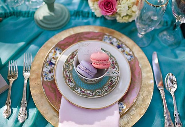 Wedding Macarons Guide: Flavors, Usages and Presentations - Belle the Magazine . The Wedding Blog For The Sophisticated Bride