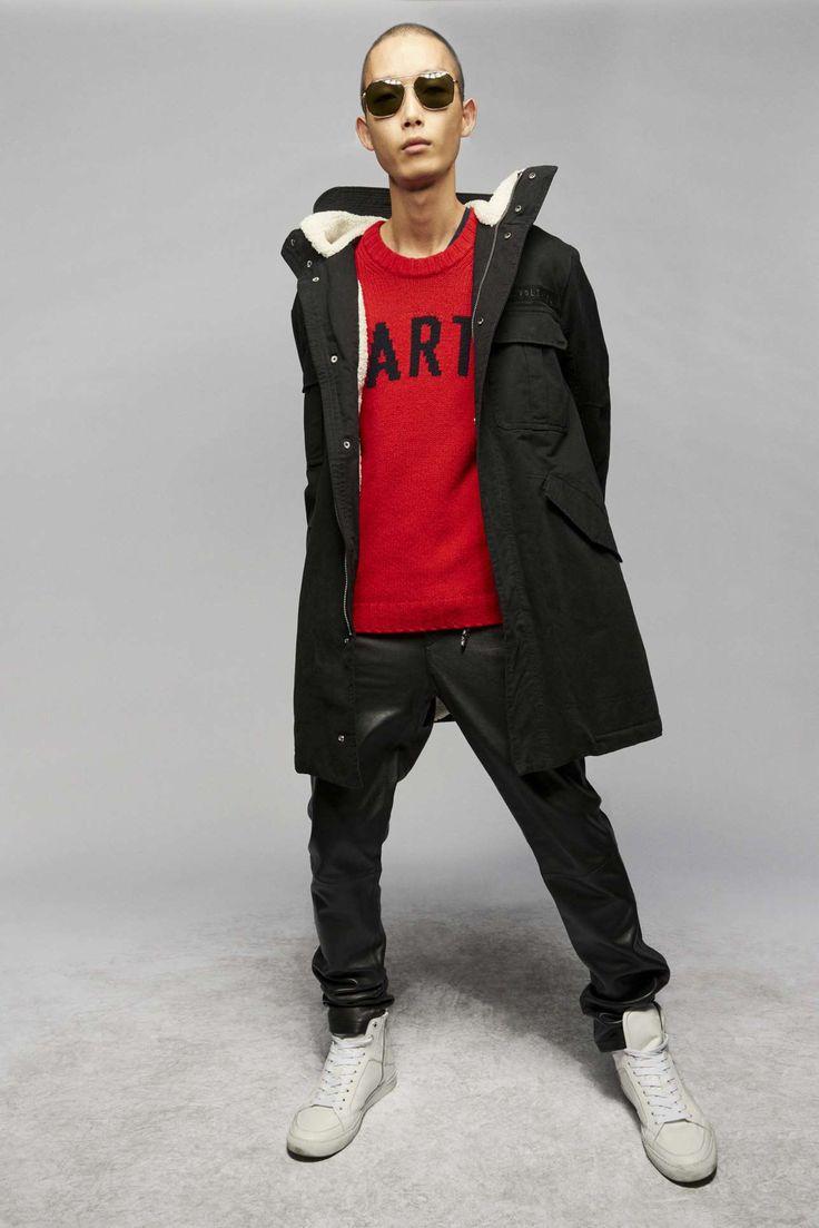 Zadig & Voltaire adapta la irreverencia urbanista a su colección Fall-Winter 2021 Runway Fashion, Fashion News, Latest Fashion, Fashion Beauty, Fashion Show, Parka, Celebrity Style, Ready To Wear, Fall Winter